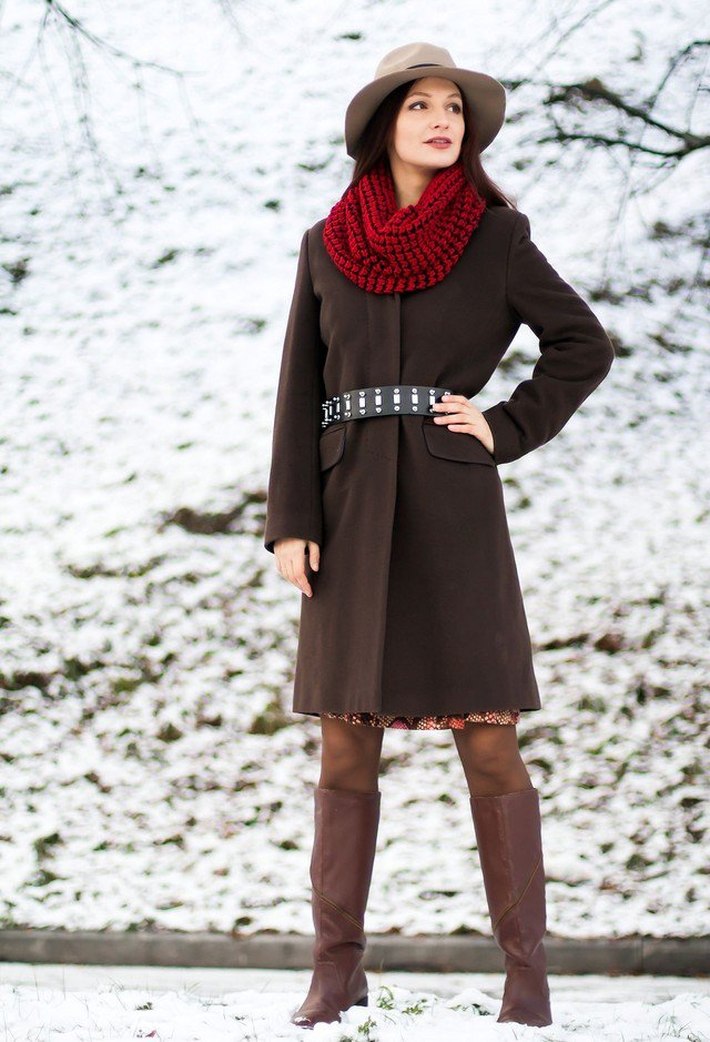 Stylish Outfit Idea with Scarf