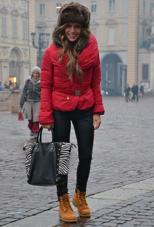 Trendy Winter Look with A Fur Hat