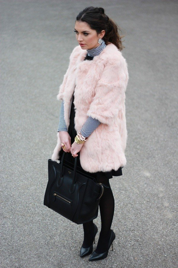 Turtleneck Outfit with Fur Coat