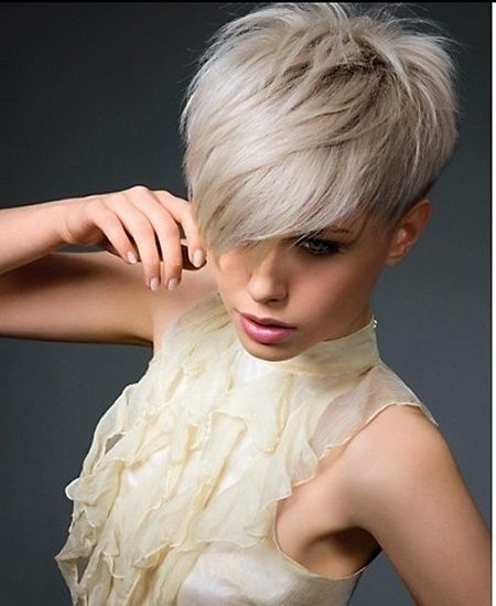 12 Great Short Hairstyles With Bangs - Pretty Designs