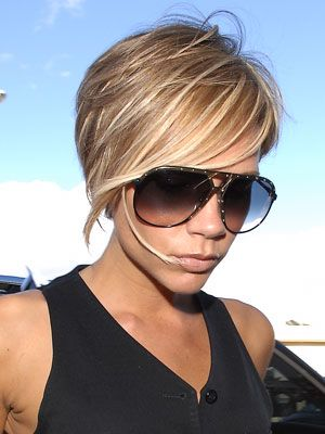 Victoria Beckham Short Hairstyle With Bangs