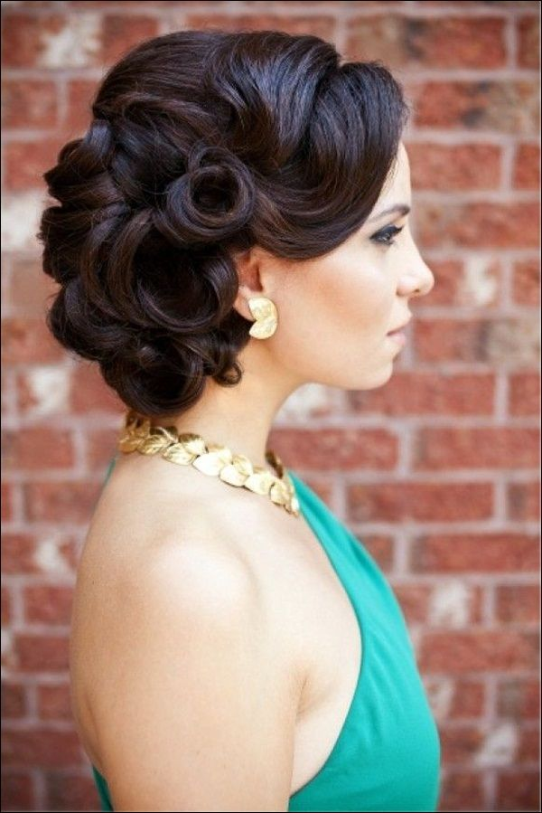 16 glamorous bridesmaid hairstyles for long hair pretty designs vintage bridesmaid updo hairstyle for long hair pmusecretfo Image collections