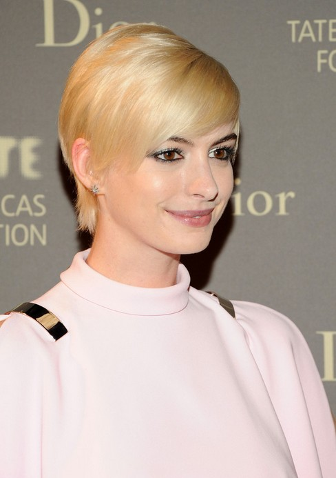 Anne Hathaway Short Pixie Cut with Side Swept Bangs for Women