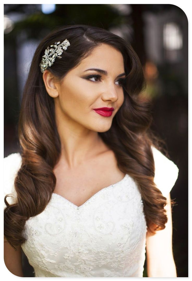 Beautiful Vintage Curls for Wedding