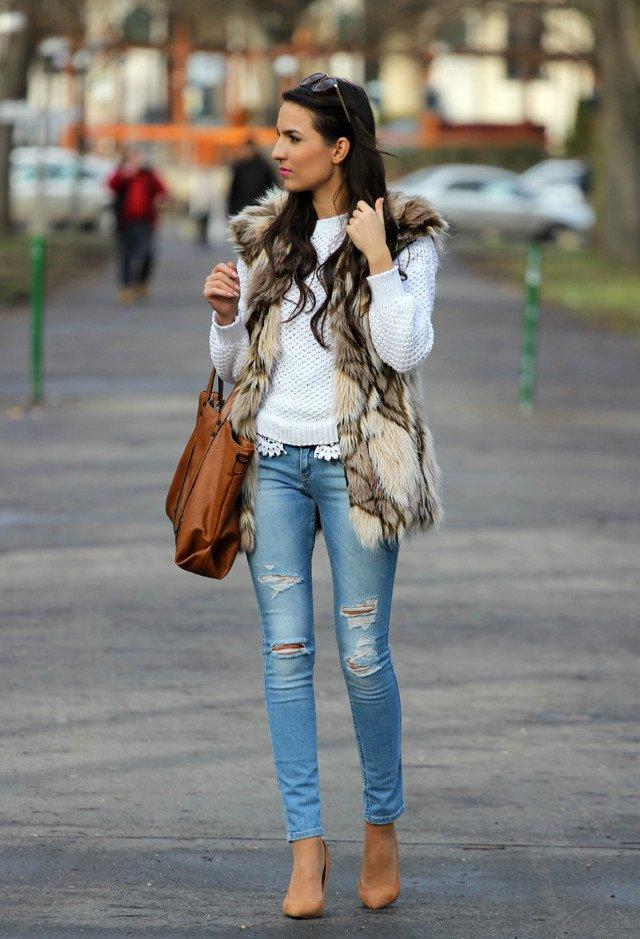 Chic Fur Vest Outfit