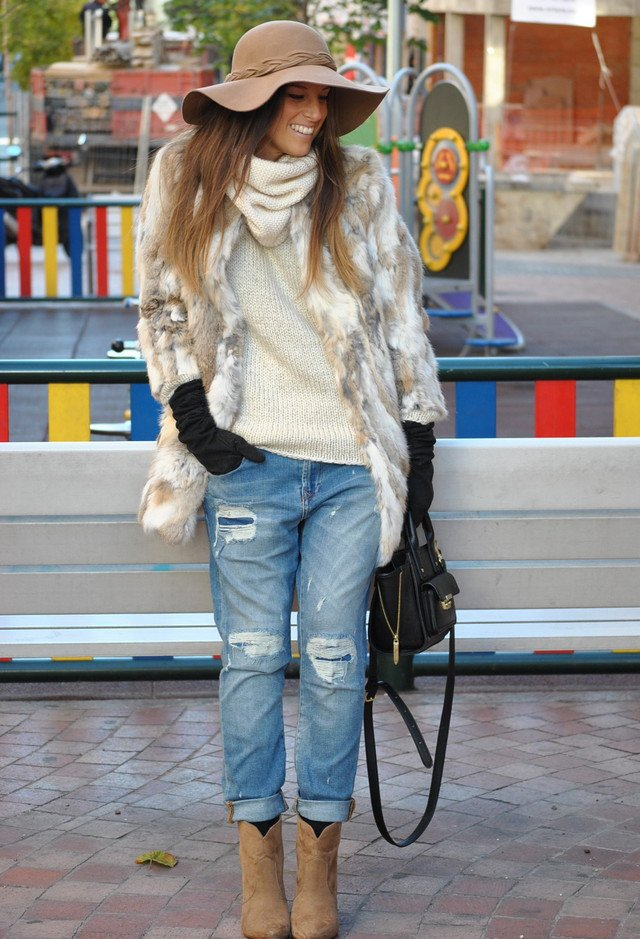 Chic Winter Outfit with Fur Coat
