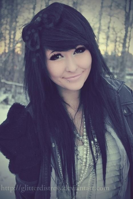 12 Pretty Black Hairstyles With Bangs - Pretty Designs