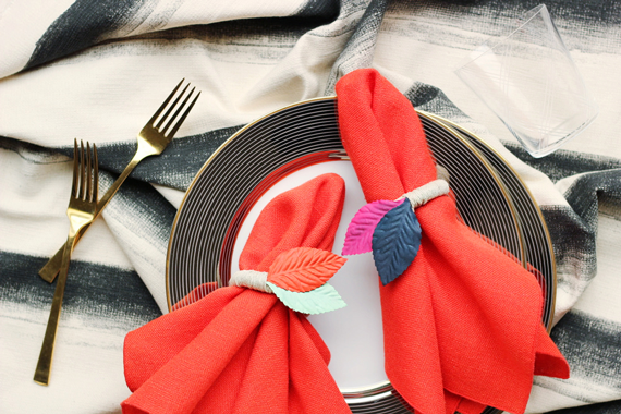 Colored Leaf Napkin Rings