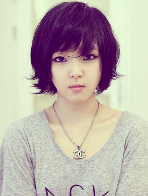 Cute Short Curly Asian Hairstyle