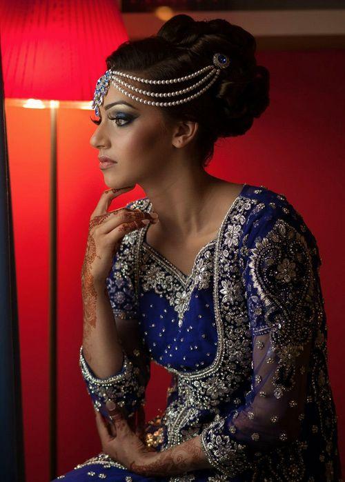 Awe Inspiring 16 Glamorous Indian Wedding Hairstyles Pretty Designs Short Hairstyles Gunalazisus