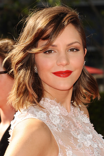 Katharine Mcphee Side Parted Wavy Bob Makeup Girl Blonde