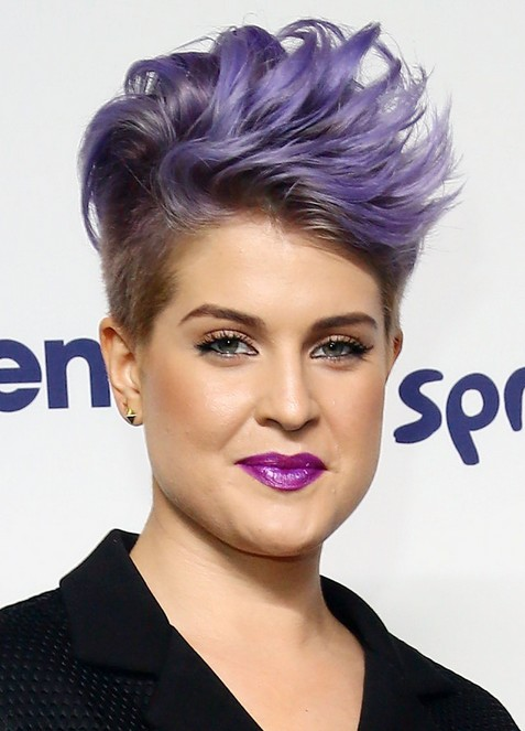 Kelly Osbourne Short Hairstyles – Edgy Purple mini-mohawk for women