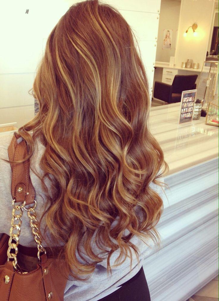 14 Glamouröse wellige Frisuren