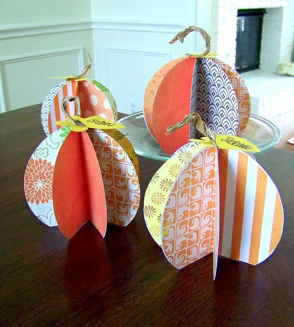 Paper Pumpkin Place Cards
