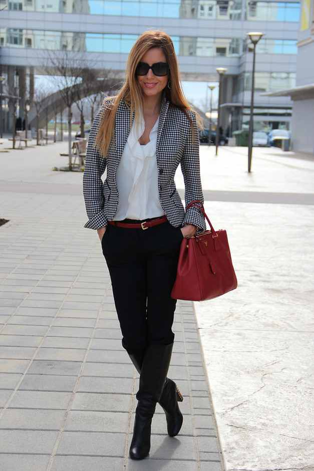Plaid Blazer Outfit Idea for Work