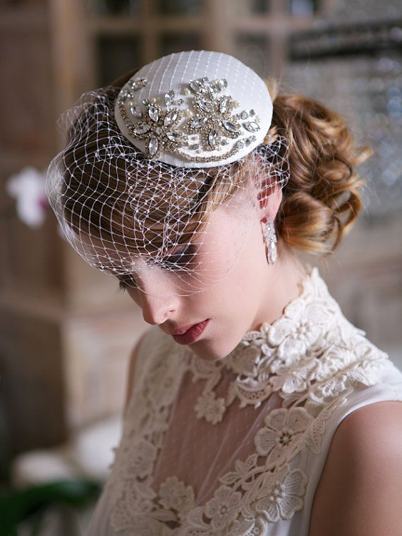 13 Pretty Wedding Inspired Hairstyles To Try Pretty Designs