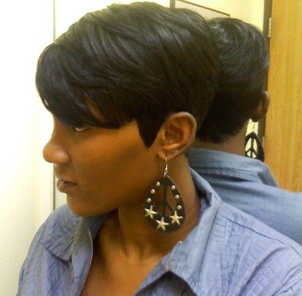13 Fabulous Short Bob Hairstyles for Black Women - Pretty Designs