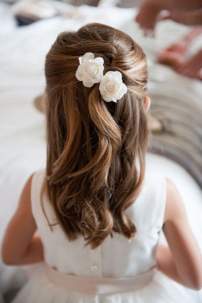 Simple Wedding Hairstyle for Little Girls