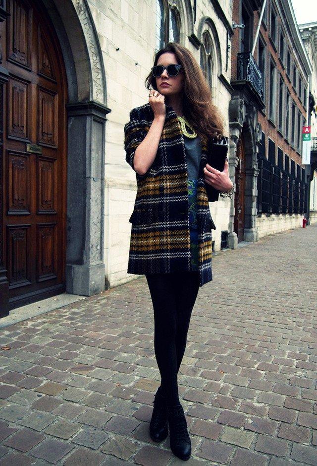 Stylish Tartan Outfit Idea