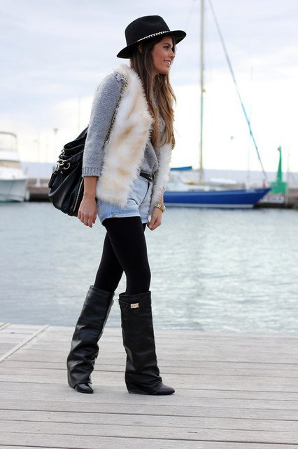 Stylish Winter Outfit Idea with A Fur Vest