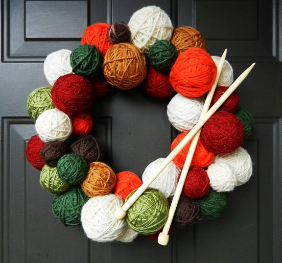 Wreath with Yarn Ball