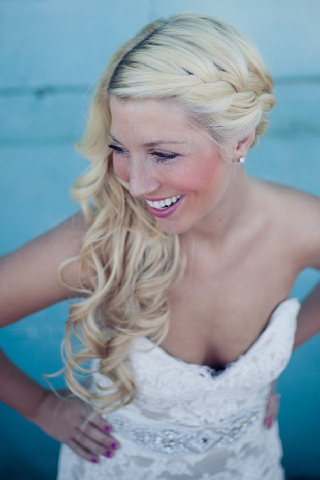 12 One Side Wedding Hairstyles - Pretty Designs