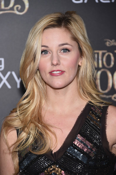 Taylor Louderman Long Wave with Side Part