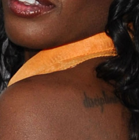 Azealia Banks tattoos – back
