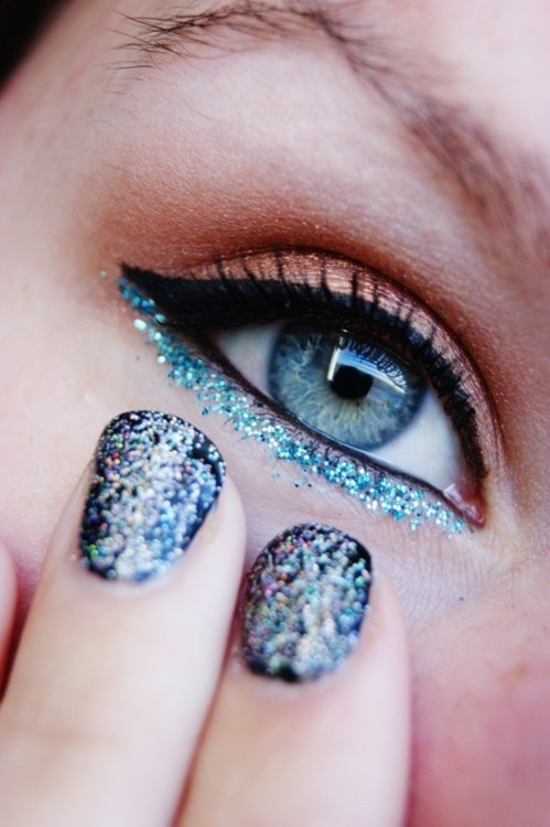 Blue Eye Bottom
