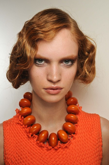 12 Awesome Curly Hairstyles for Medium Hair - Pretty Designs