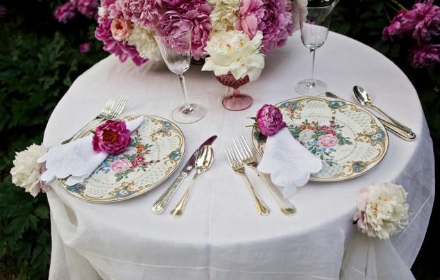 Floral Tableware