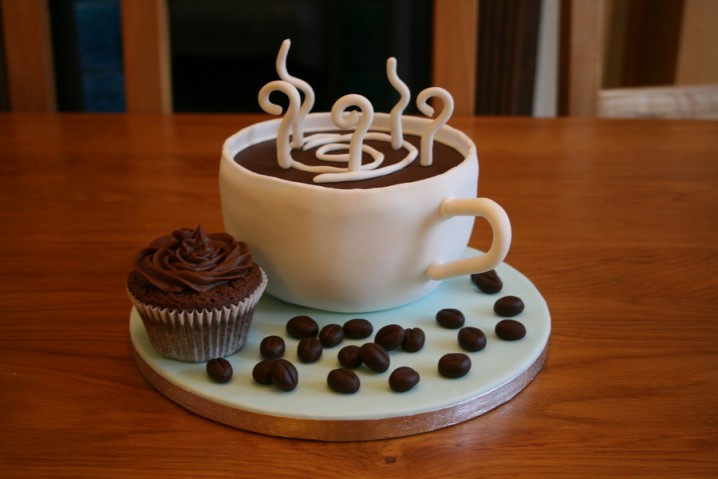 Funny Coffee Cup Cake