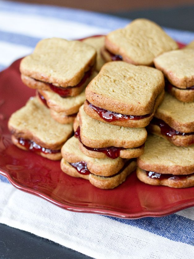 Jelly Cookie Sandwiches