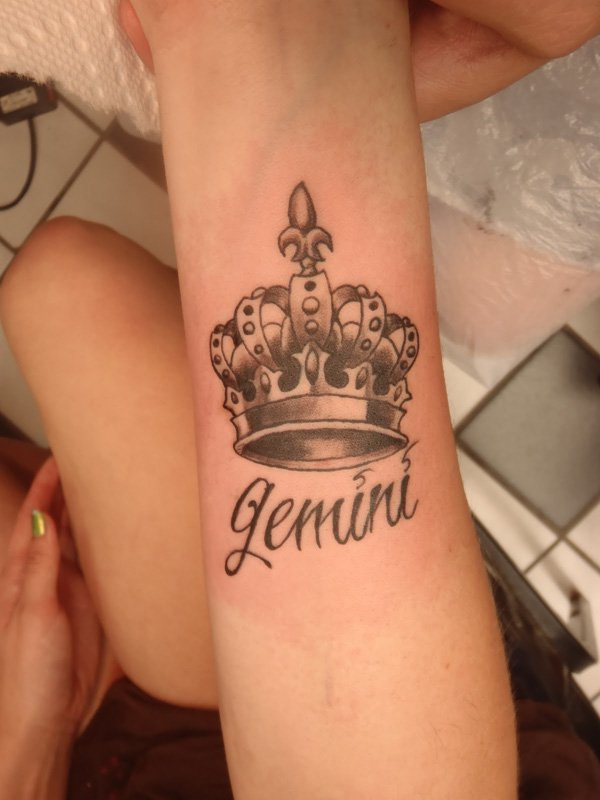 King Crown Tattoo for Women