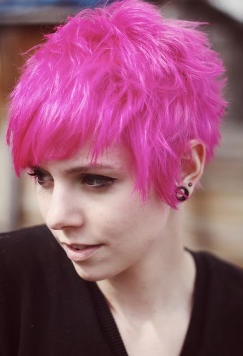 Razored Pixie in Bright Pink