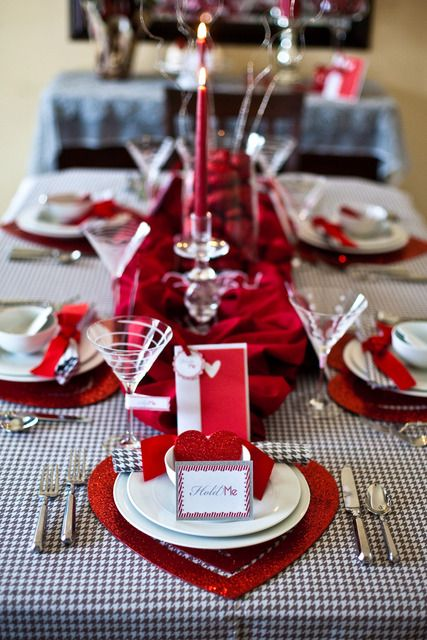 Valentine's Day Table Idea