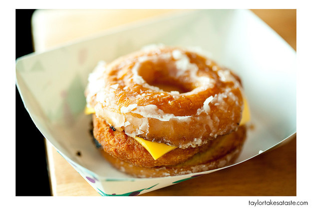 Doughnut with Cheese