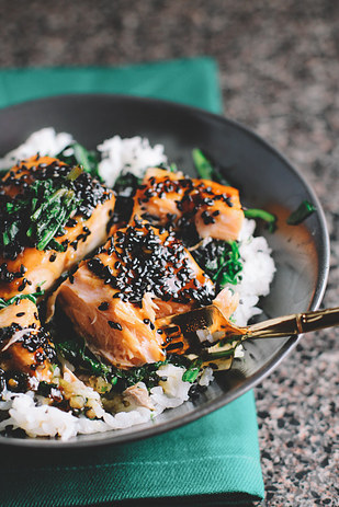 Spinach Salmon Rice Bowl