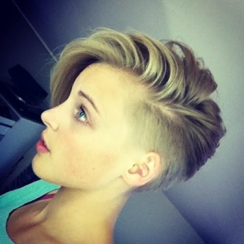 Short Undercut Hairstyle for Thin Hair