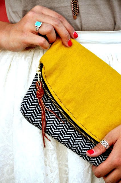 17 DIY Projects to Make Clutches - Pretty Designs