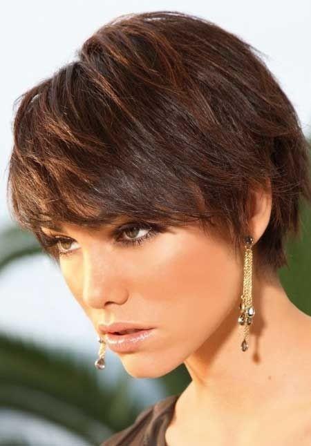 22 Coole korte kapsels voor dik haar
