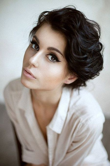 Wondrous 22 Cool Short Hairstyles For Thick Hair 2015 Pretty Designs Short Hairstyles Gunalazisus