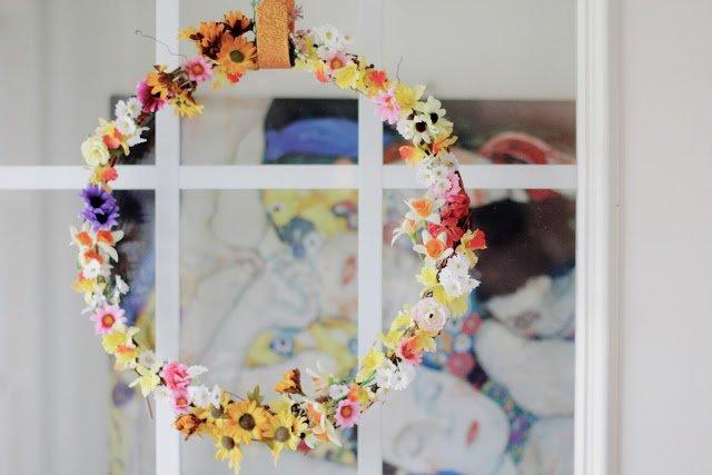 Tiny Flower Wreath