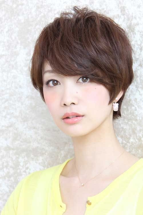 20 Popular Short Hairstyles for Asian Girls - Pretty Designs