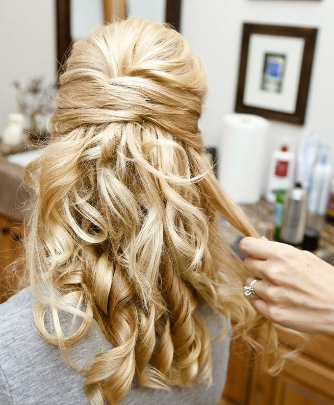 Simple Wedding Hair Ideas: 32 Overwhelming Bridesmaids Hairstyles