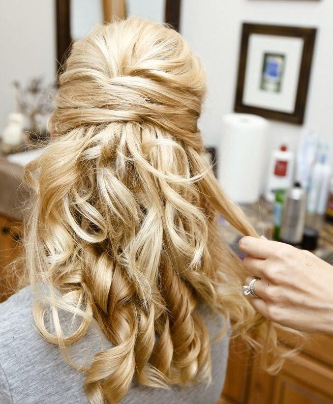 32 Overwhelming Bridesmaids Hairstyles Pretty Designs