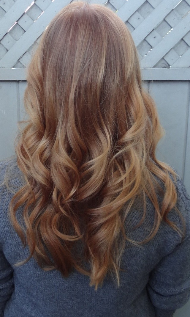 26 Amazing Hairstyles for Long Hair   Pretty Designs