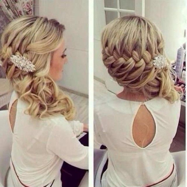 Loose Side Braid Hairstyle for Curly Hair