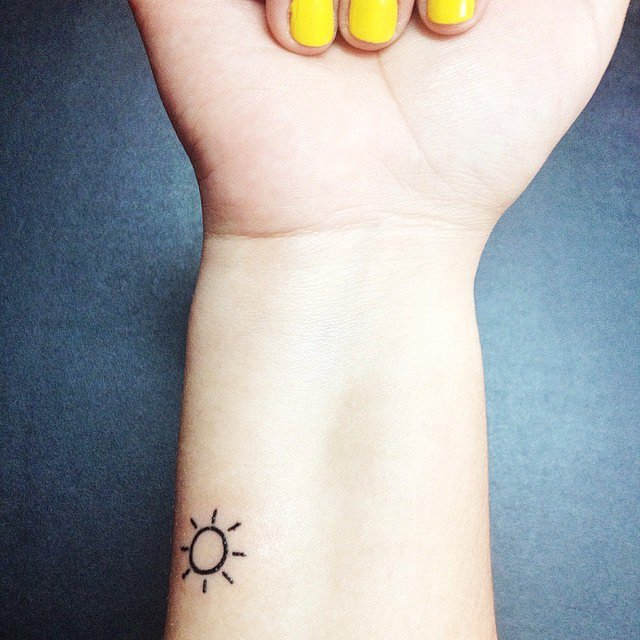 40 Cute Tiny Tattoo Ideas For Girls Tattoo Inspirations Pretty Designs,Logo Design Ideas For Graphic Designers