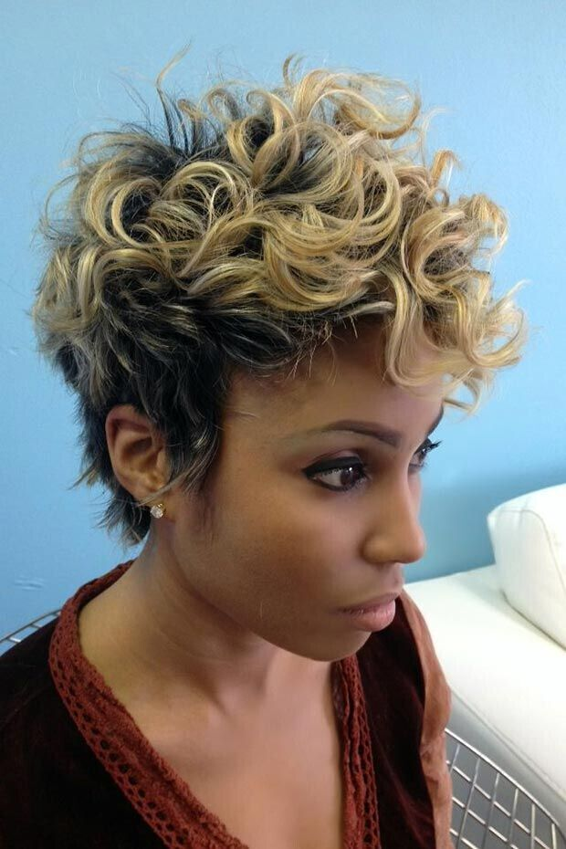 Short Curly Hairstyle with Blonde Highlights